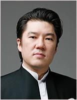 正団員 Bar・Bas Carlo Kang